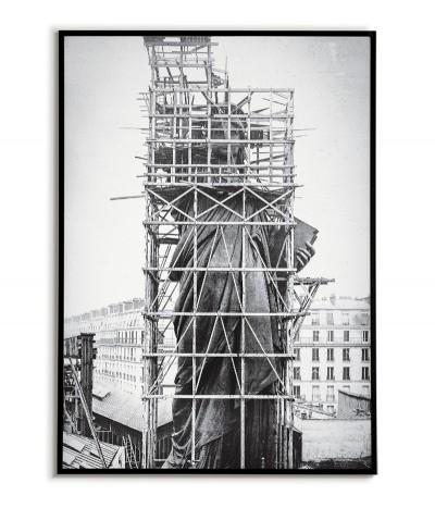 Plakat Statua Wolności podczas budowy w 1883r. Miasto Nowy Jork w latach 30. Piękna grafika, fotografia do ramki.